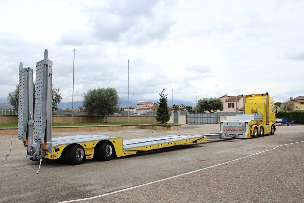 005-Low-loader-semi-trailer-FGM-35-56